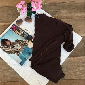 Zara brown v neck long sleeve knit top M